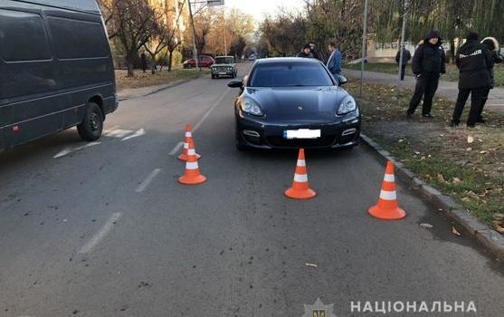 В Ужгороде Porsche  сбил 12-летнюю девочку