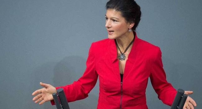 Немецкий политик обратилась к Меркель: «Надавите на Порошенко»