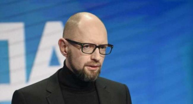 Экс-глава Кабмина рассказал, что думает о работе Тимошенко и Порошенко