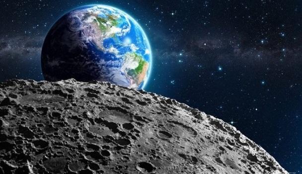 Ученые рассказали, что произойдет, если Луна упадет на Землю ...