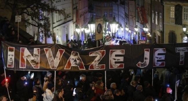 Вотум недоверия премьеру Чехии несмогли объявить— нехватило менее  10 голосов
