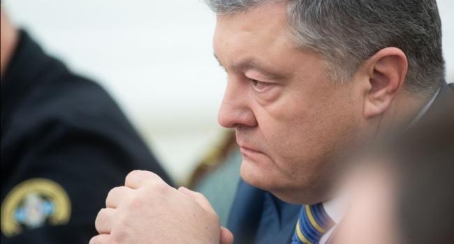 Ловушка захлопнулась, поэтому пятая колонна просто визжит от решения президента Украины, – журналист