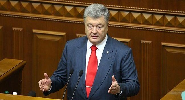Фесенко: президент от введения военного положения не выиграл, но абсолютно точно проиграл бы, если бы смолчал и не ввел его