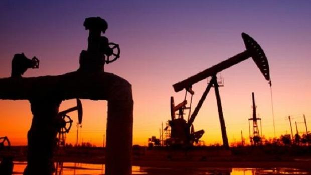 РФ  планирует сохранить объем нефтедобычи в2016 году