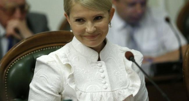 В 2008 году Тимошенко обещала снизить цену на бензин до 2 грн, теперь что-то похожее с газом, – политтехнолог