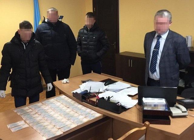 Главу райгосадминистрации Львовщины уличили во взяточничестве