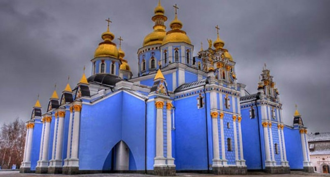 Православные отмечают Рождество: Праздник, который соединяет воединыжды инапоминает о основных ценностях