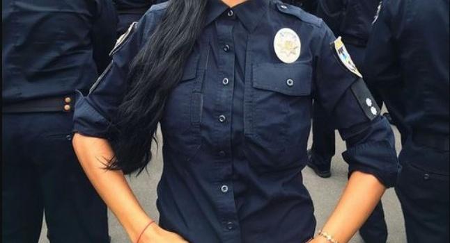 В Мариуполе повесилась полицейская