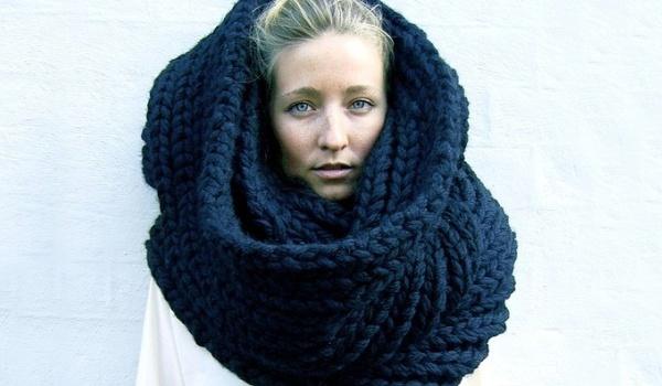 Названа опасность зимнего шарфа
