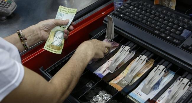 Инфляция в Венесуэле достигла почти 2 миллионов процентов
