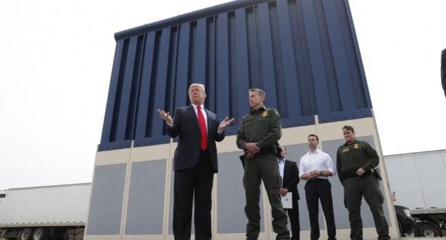 Трамп показал, как выглядит стена с Мексикой