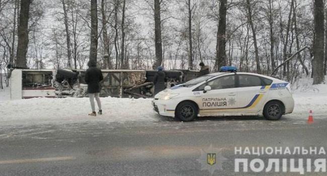 На Черниговщине перевернулся автобус с пассажирами