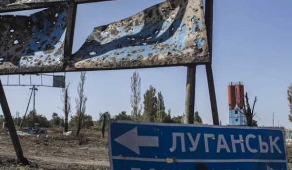 Журналист раскрыл имена двух настоящих руководителей оккупированного Донбасса: видео