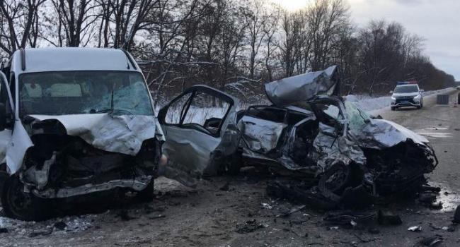 Под Харьковом произошло смертельное ДТП: четыре погибших