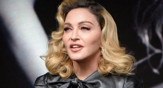 «Изменившаяся Мадонна удивила фанатов «замороженным» лицом