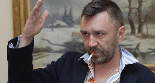 Анастасию Вашукевич иАлександра Кириллова отпустили из милиции  под обязательство оявке