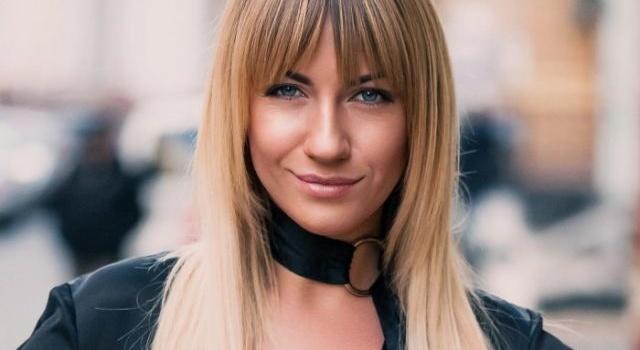 «А теперь давай голая, как Полякова»: Леся Никитюк показала красочное фото с отдыха