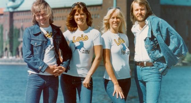 Только через полгода: квартет ABBA отложил релиз новых песен