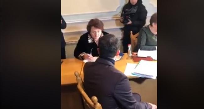 Зеленский подал документы для регистрации кандидатом в президенты