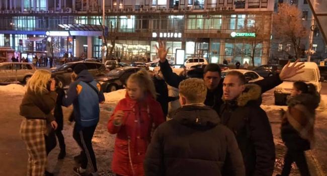 В Киеве дети зверски избили мужчину
