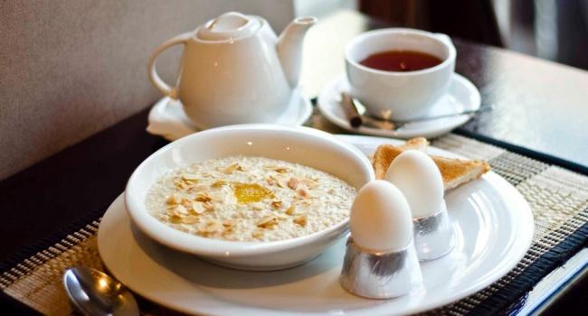 Калорийность продуктов: сколько калорий нужно съедать на завтрак.