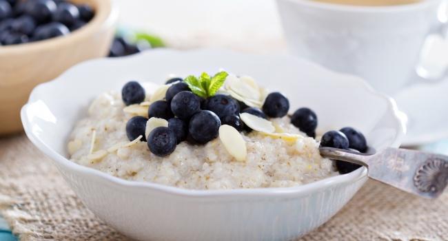 В день минус килограмм: диетологи рассказали о простой и эффективной диете