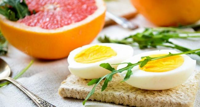 Диетологи рассказали о короткой, но очень эффективной яичной диете