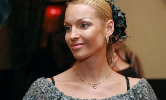 «Моя принцесса»: Анастасия Волочкова похвасталась красивым фото с дочерью