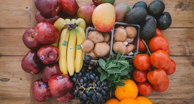 Так вы точно не похудеете: диетологи рассказали об опасных фруктах во время диеты