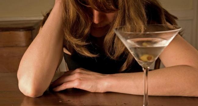 Ученые: алкоголь вызывает рак груди