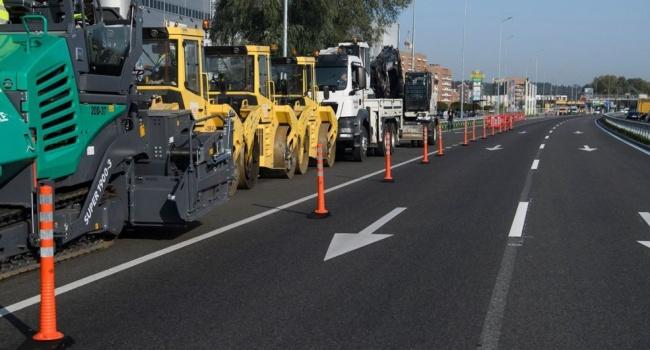 Все познается в сравнении: при Януковиче отремонтировано – 626 км дорог, при Тимошенко – 112 км, при Порошенко – 3800 км дорог