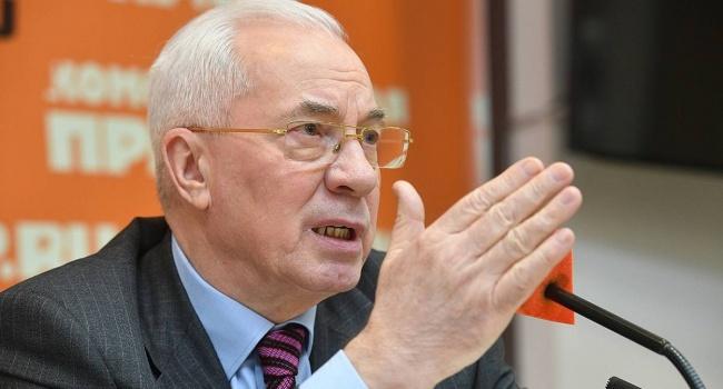 Азаров: Порошенко сделал Украину самой нищей страной Европы