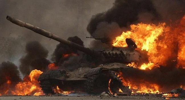 Партизаны дали жару: соцсети обнародовали видео подрыва 8 танков Т-72 в Торезе