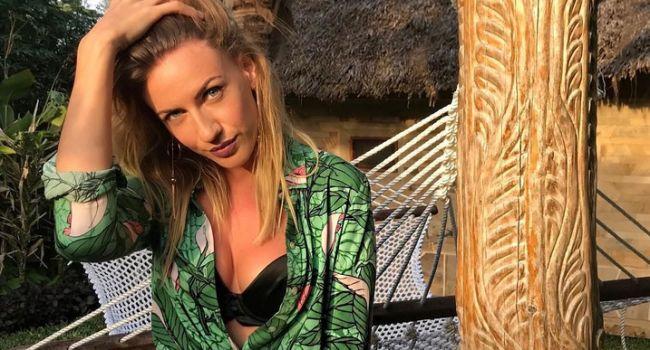 «Модная мадама в модном туалете»: Леся Никитюк вернулась в Хмельницкий, опубликовав стильное фото