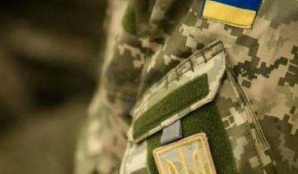 Новый скандал в ВСУ: комбат с матами и криками разгромил казарму резервистов