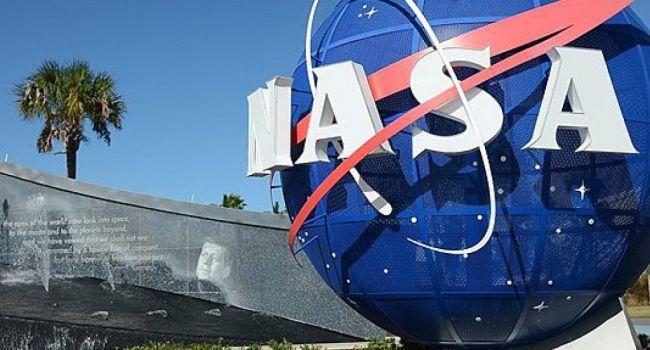 НАСА: на Луну планируется отправить женщину