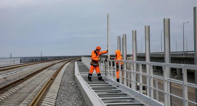 Журналисты показали, как на самом деле идет строительство ж/д линии на Крымском мосту