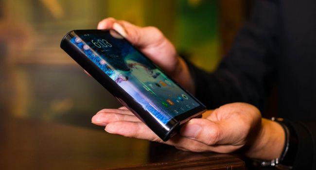 У современных гибких смартфонов есть ряд серьезных недостатков