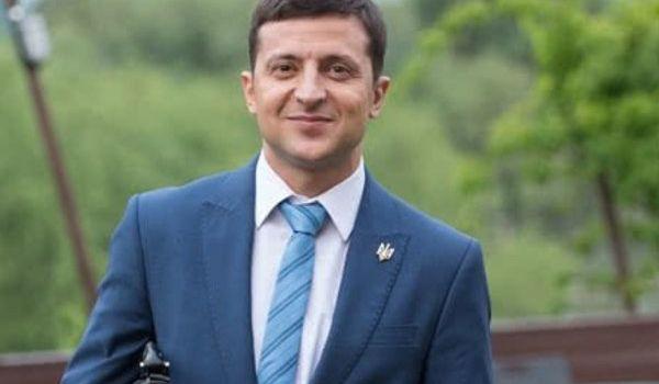 Зеленский пообещал до конца второго тура представить пятерку на основные должности