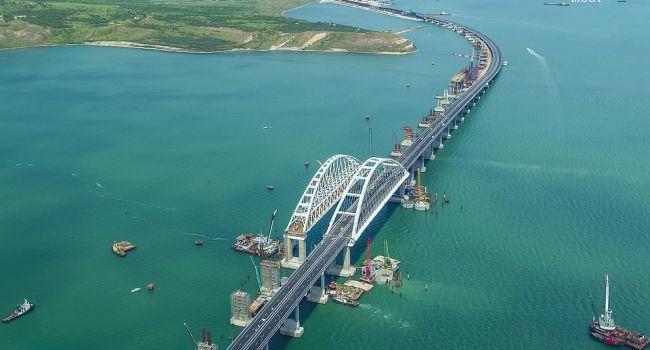 «Есть предпосылки, что рухнет»: у Путина реально испугались «гибели» Крымского моста, и пошли на экстренные меры