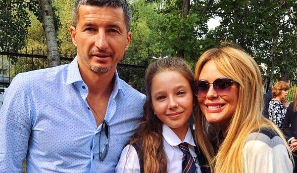 «Плакала всю ночь»: дочери Юлии Началовой сообщили о смерти мамы