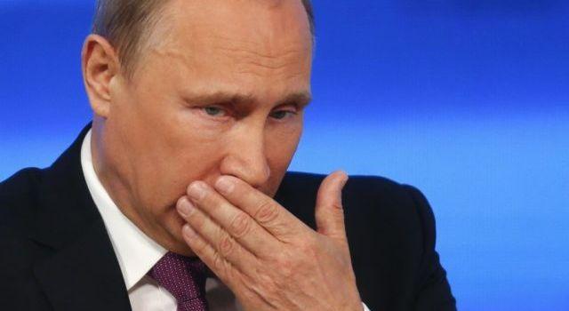 «Хитер, как лис»: ИноСМИ слили в Сеть данные о планах Кремля удержать Путина «у руля» России