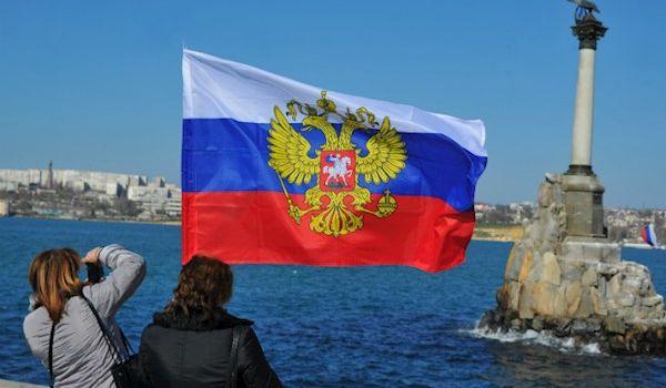 «Это чтобы не прошли войска НАТО?»: в сети посмеялись над фото из оккупированного Крыма