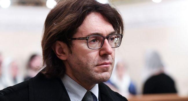 Звезда «Дома-2» Нонна Щукина обвинила Андрея Малахова визбиении