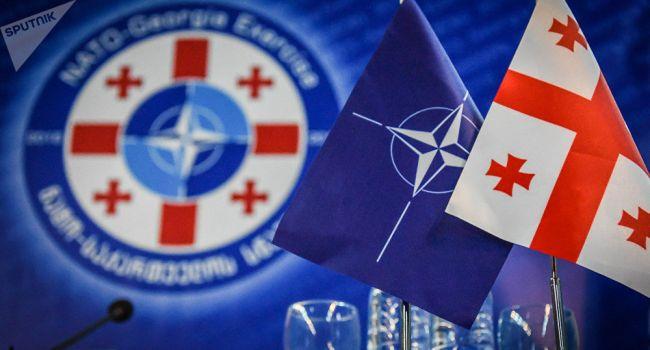 В НАТО не собираются отказываться от сотрудничества с Тбилиси