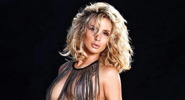 Из одежды только сережки: Светлана Лобода взорвала сеть голым фото в сети