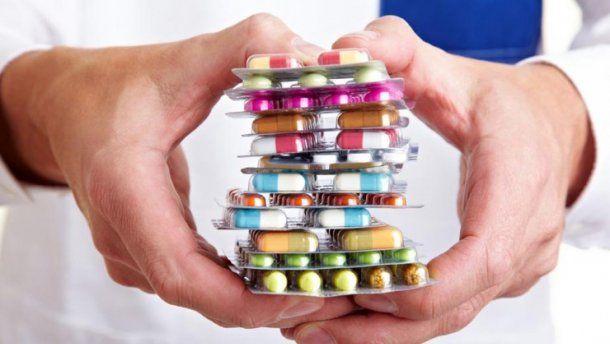 Государство ограничивает цены на лекарства, включенные в Нацперечень