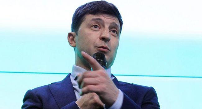 Журналист: «Первым решением Зеленского должен стать указ о награждении Порошенко»