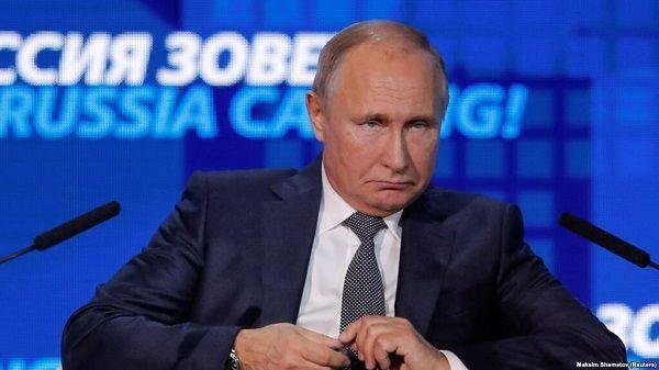 Путин будет праздновать День Победы в гордом одиночестве