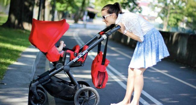 Выбираем коляску для весенних прогулок
